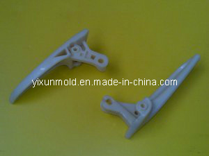 Plastic Auto Door Handle Mold pictures & photos