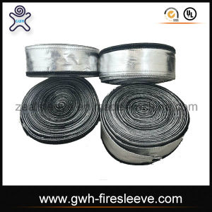 Aluminum Foil Laminated Fiberglass Sleeve / Anti-Radiation Pyroflect Sleeve pictures & photos