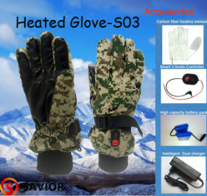 Savior Camouflage Outdoor Sport Heated Glove, with Smart One Button Control Heating System S03 pictures & photos