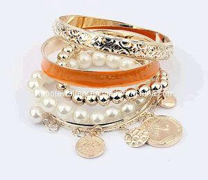 Enamel Bracelet Set with Coin Hanging Bracelet (XBL12621) pictures & photos