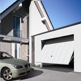 Fashionable Sectional Garage Door with Classic Design pictures & photos