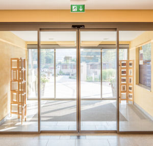 Automatic Sliding Doors Demax (DS100) pictures & photos