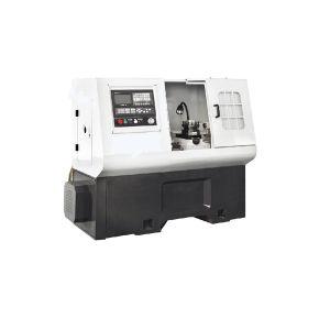 CNC Lathe Machine Ck6132 pictures & photos
