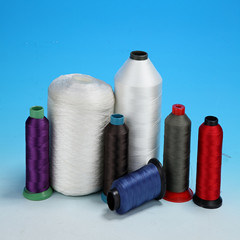 High Tenacity Polyester Sewing Thread for Bag/Jeans Uses pictures & photos