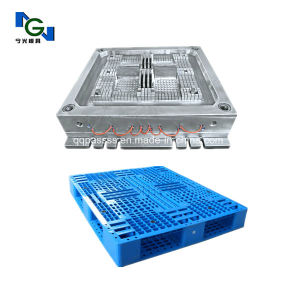 Custom Made Plastic Injection Pallet Mould pictures & photos