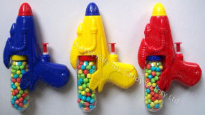 Water Gun Toy Candy (111211) pictures & photos
