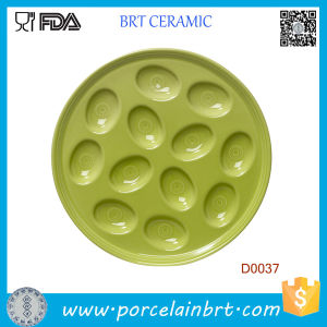 Commonly Used Green Porcelain Egg Plate Holds 12 Eggs pictures & photos