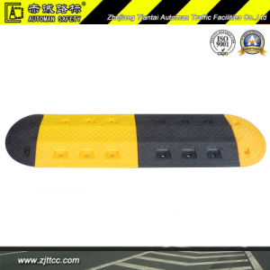 20inchs Reflectiive Plastic Car Speed Safety Bump Ramp (CC-B50) pictures & photos