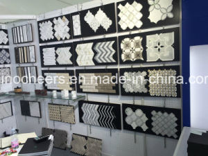 White Marble Mosaic Tiles for Floor Tiles, Lobby Carrara White Marble Mosaic for Wall pictures & photos