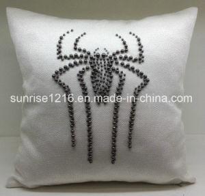 Decorative Cushion Sr-C170220-12 High Fashion Pearled Spider Cushion pictures & photos