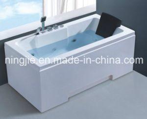 Simple Economic Style Whirlpool Bathtub Nj-3062 pictures & photos
