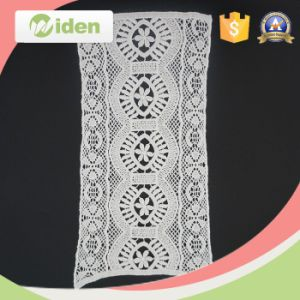 Eco-Friendly Oval Fancy Floral Pattern Embroidery Patch pictures & photos