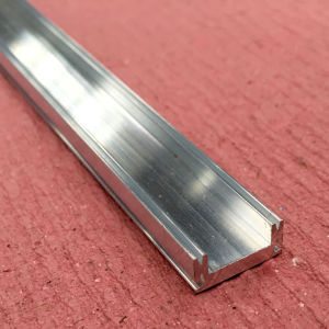 Aluminium Profile/Aluminum Extrusion with Side Sockets pictures & photos