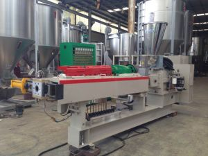 Nitrided Steel Twin Screw Extruder for Plastic Granule Making pictures & photos