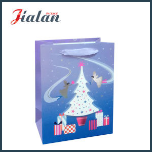 Customize Glossy Laminated Ivory Paper 3D Christmas Tree Gift Bag pictures & photos