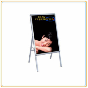 Indoor Free Standing Poster Holder/Poster Rack pictures & photos