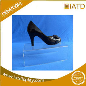 Custom Slotwall Clear Acrylic Magazine Shoe Display Holder pictures & photos