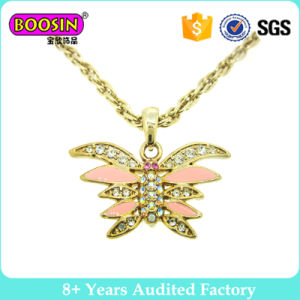 Customized Gold Plated Metal Butterfly Necklace for Women Gilrs pictures & photos