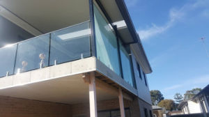 Balcony Tempered Glass Railings Design with Stainless Steel Handrail pictures & photos