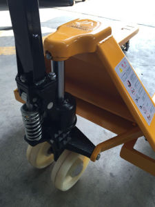 2-5t Hydraulic Hand Pallet Lift with CE pictures & photos