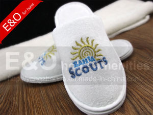 Good Quality Close Toe Kids EVA Hotel Guestroom Bedroom Slippers pictures & photos