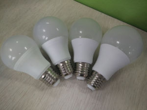 A60 3W 5W 7W 9W 12W Milky Cover LED Light Bulb Lamp pictures & photos