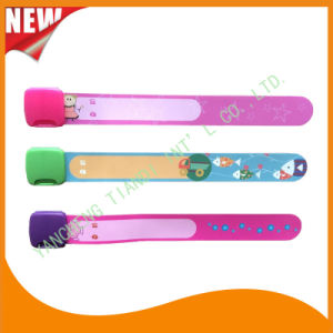 Entertainment Professional Manufacture Kids ID Child Wristbands Bracelet Bands (KID-2-21) pictures & photos