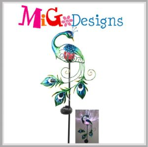 Garden Ideas Graceful Solar Light Multicolor Peacock Metal Garden Stake pictures & photos