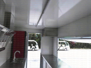 2017 Food Truck Trailer/Snack Mobile Food Trailer/Mobile Kitchen Car with Ce pictures & photos