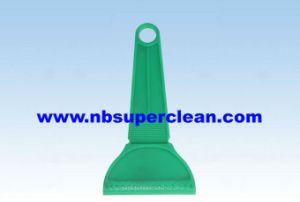 High Quality Plasticsnow Scraper, Ice Scraper (CN2138) pictures & photos
