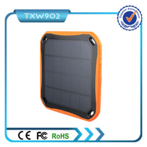 New Product Promotional 5600mAh Waterproof Solar Power Bank for Smartphone