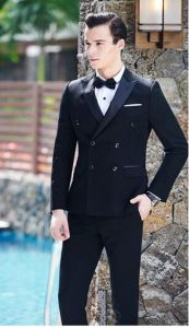 2016 Hot Men Double-Breasted Groom Black Dress Suit pictures & photos