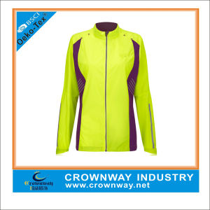 Custom Best Lightweight Winter Running Jacket for Women pictures & photos