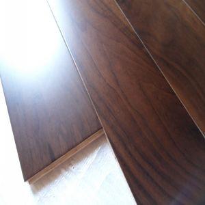 Top Quality Popular Design Engineered Walnut Parquet Flooring pictures & photos