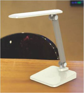 7W 600lm Touch LED Desk Lamp pictures & photos