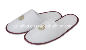 Print or Embroidery Logo Terry Hotel Indooer Slipper with EVA Sole pictures & photos