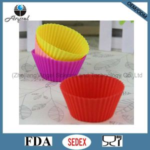 Small Size Baking Tool Silicone Cupcake Mold Sc01 (S) pictures & photos