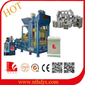 Qt3-15 Small Model Baking Free Brick Machine/Cement Brick Machinery pictures & photos