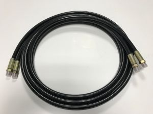 Industria Rubber Hydraulic Hose Assembly with Jic NPT Bsp Fitting pictures & photos
