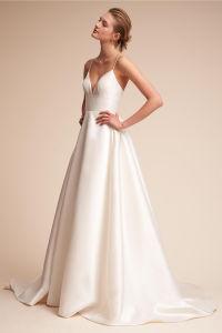 Spaghetti Strapes Bridal Dress Backless Garden Beach Simple Wedding Dress Z8046 pictures & photos