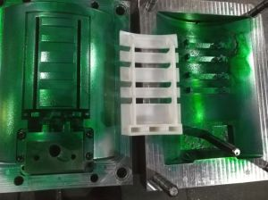 Injection Mold for The PE Lid pictures & photos