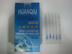 0.25X40mm Huanqiu Brand Acupuncture Hand Needle in PE Bag pictures & photos