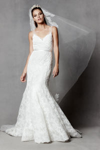 Fashion Ivory V-Neck Mermaid Lace Wedding Bridal Evening Gown