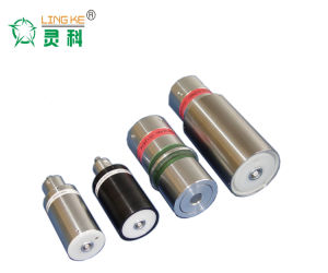 Linggao Ultrasonic Converter/Transducer with Booster pictures & photos