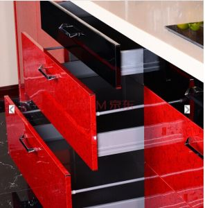 High Gloss Red Kitchen Cabinet (manufacturer) pictures & photos