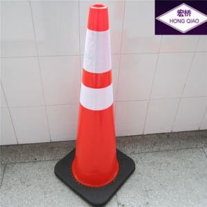 36 Inch 10lbs Black Base PVC Traffic Cone with CE (LZ-201D) pictures & photos