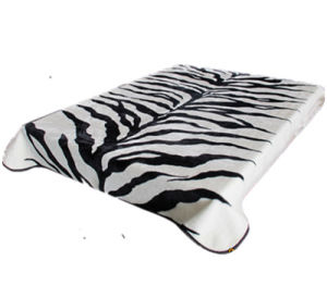 Hot Sale 100% Polyester Raschel Blanket Sr-B170305-15 Soft Printed Mink Blanket pictures & photos