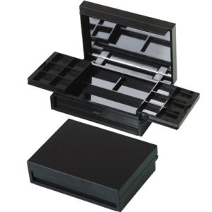 Square Plastic Eyeshadow Compact Case pictures & photos