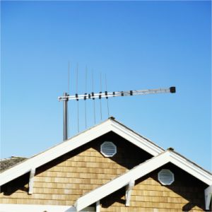 Outdoor Log-Periodic TV Antenna (V/UHF-320)