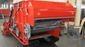 Rice and Wheat Combine Harvester (4LZ-2.2) pictures & photos
